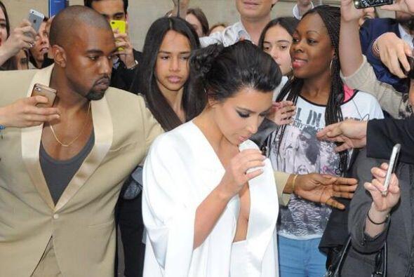 Kim y Kanye ofrecieron una cena una noche antes de la boda en el Palacio...