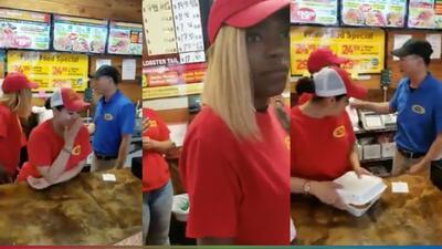(VIDEO) Dueño de restaurante le dio un empujón a su empleada en público