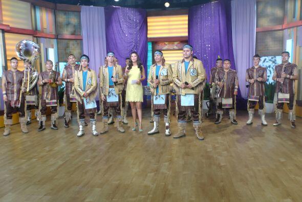 Y en la música, despertamos con el ritmo de la banda Cuisillos.