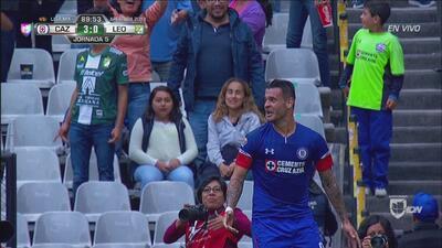 ¡Ahora sí! Caraglio puso el 3-0 que sepultó a León