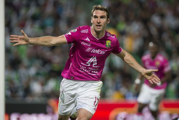 El argentino Mauro Boselli jugó su primer torneo en el fútbol mexicano c...