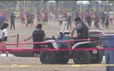 Reportan nuevo incidente de apuñalamiento en una playa de Chicago