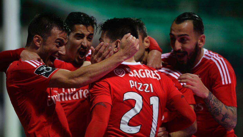 Benfica goleó Moreirense; Jiménez jugó 18'