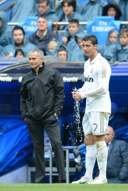 Mourinho y Ronaldo tenían contacto en distintos momentos para mejorar si...