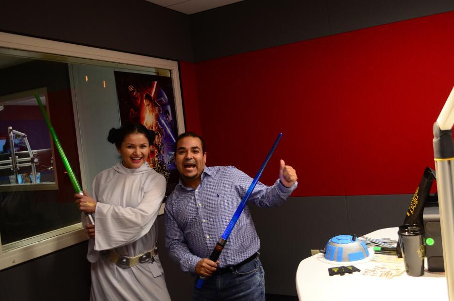 Lorenita, Karen La Coqueta y Pichirilo celebrando el estreno de 'Star Wars