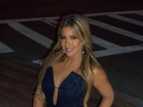 Elizabeth López pone en la mira a los famosos.