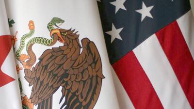 México pierde con el nuevo acuerdo comercial con Estados Unidos, señala The Economist