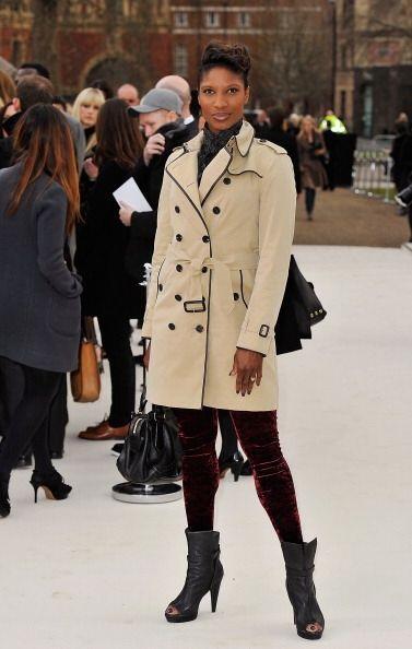 También conocido como gabardina, el 'trench coat' fue utilizado p...