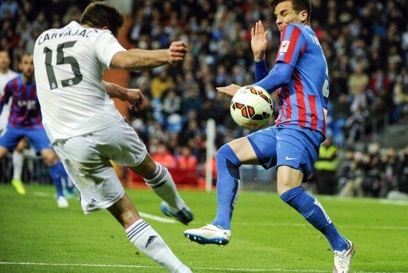 .Para la segunda parte Real Madrid siguió dominando el encuentro, aunque...