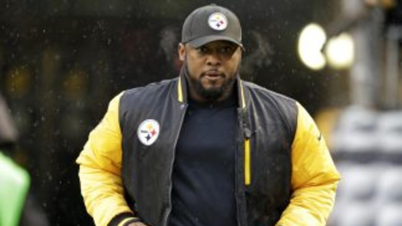 Mike Tomlin no llegó a los playoffs con los Steelers (AP-NFL).
