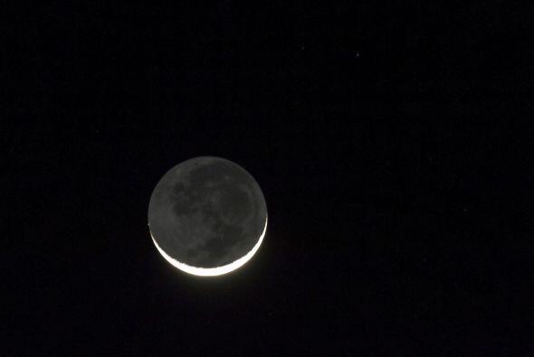 La Luna Negra no es más que novilunio o sea la conjunción del Sol con la...