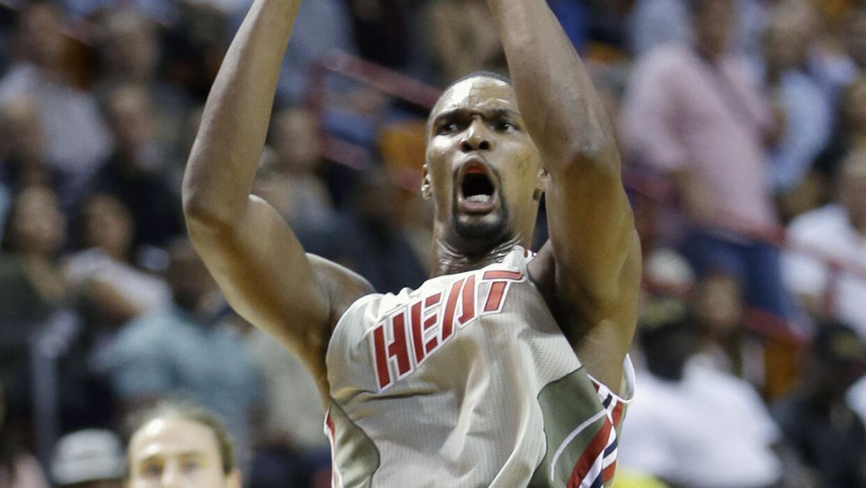 Hassan Whiteside ayudó a la causa de Miami con 19 unidades.