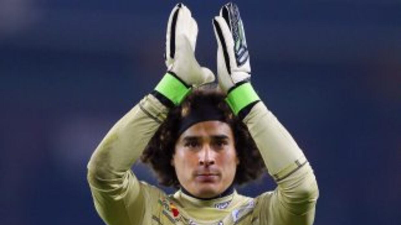 Los 'Reds' piensan en Ochoa para ocupar la portería en caso de que Pepe...