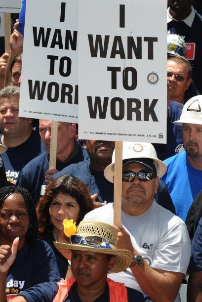 La tasa de desempleo estatal se ha mantenido en 12% o más alta desde ago...