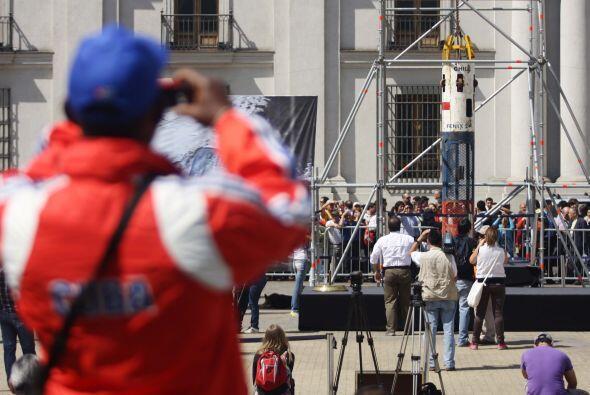 La cápsula que hizo posible el milagroso rescate, llegó al Palacio de La...