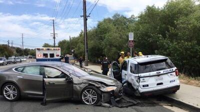 El sistema Autopilot de Tesla falla otra vez
