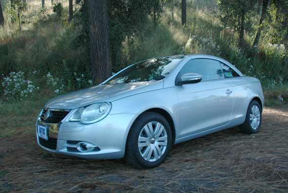 El Volkswagen Eos introduce a la marca alemana al mercado de los autos c...