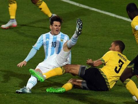 Argentina no convence en la Copa América y sufrió demasiad...