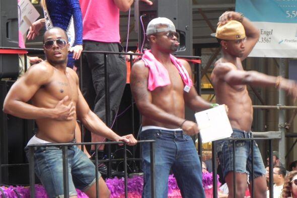 El Desfile del Orgullo en Nueva york 08ae684965604db68138461bc7b88b13.jpg