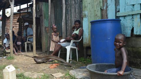 Los antiguos barracones de Batey Verde, en República Dominicana, son el...