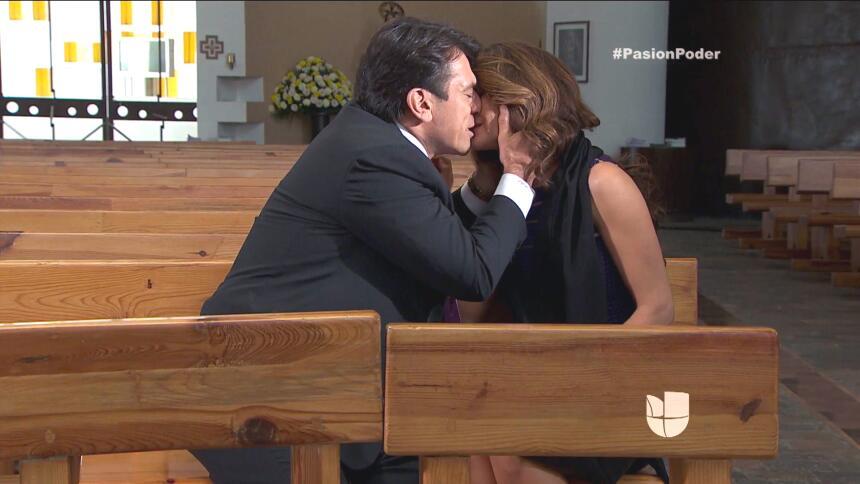 ¡Julia y Arturo le dijeron adiós a su amor! 3D8B0D0D6D53464DBD380E0495DA...