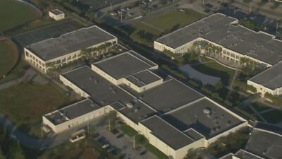 Arrestan a un estudiante de Miami acusado de amenazar con protagonizar un tiroteo en su escuela