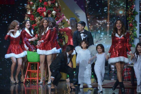 Las reinas de Nuestra Belleza Latina ofrecieron un número espectacular y...