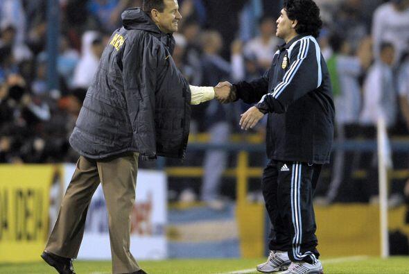 Dunga es el de la izquierda, Maradona el de la derecha, los dos fueron ´...