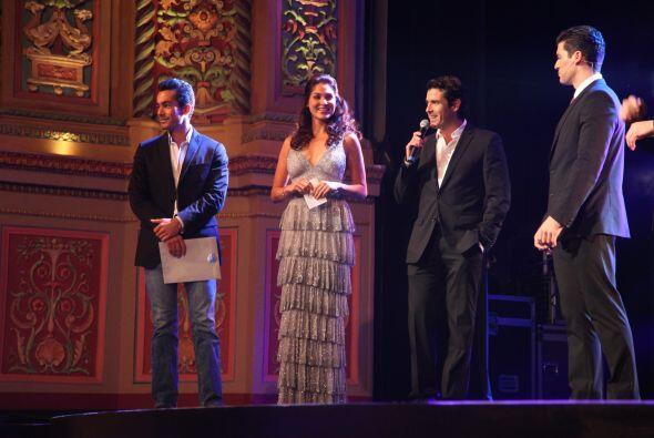 Los actores tenían cuatro contratos en sus manos, solo uno firmado.