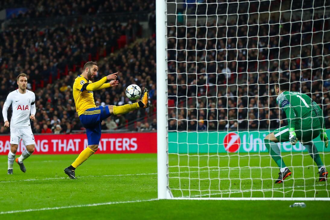 Juventus pasó a cuartos tras remontar 1-2 contra Tottenham en Inglaterra...