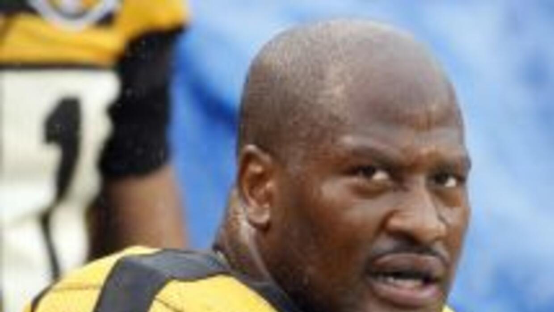 James Harrison fue cortado por los Steelers.