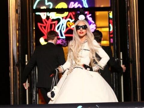 Lady Gaga llegó a NY para promover GAGA'S WORKSHOP, una colecci&o...
