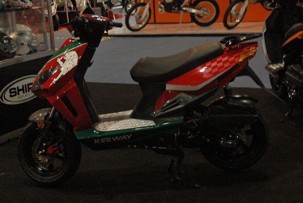 Los scooters son una buena opción para la transportación urbana y Keeway...