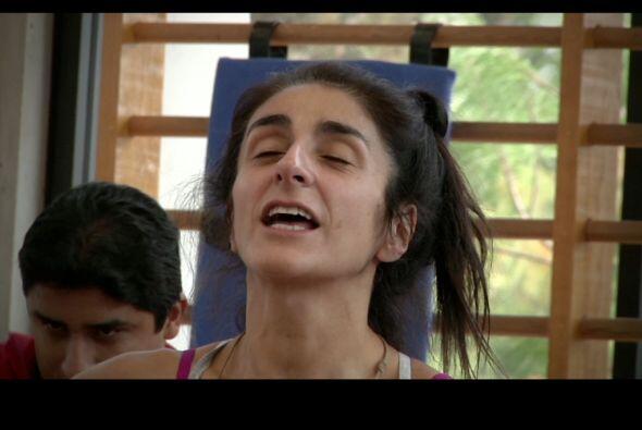 ¿Será que Bárbara Torres quiere estornudar?