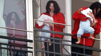 Michael Jackson presenta a Blanket en el balcón