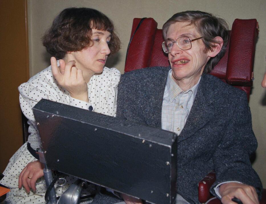 Una imagen de 1989 junto a su primera esposa Jane, en París. Ten&...