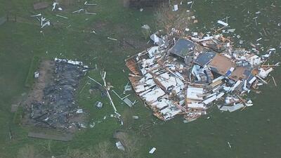 En imágenes: El poblados de Sealy, al oeste de Houston, sufrió los embates de una tormenta que se registró el pasado martes