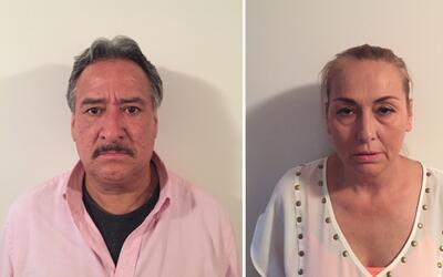 A la izquierda, Rogelio Alvarado Robles. A la derecha, Blanca Flores Sol...