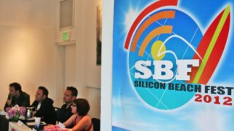 Silicon Beach Fest: miembros de un panel discuten sobre la creación de c...