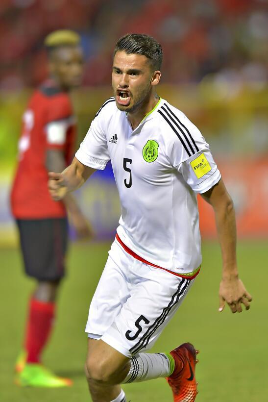 Uno a uno: así calificamos a la selección mexicana Diego Reyes.jpg