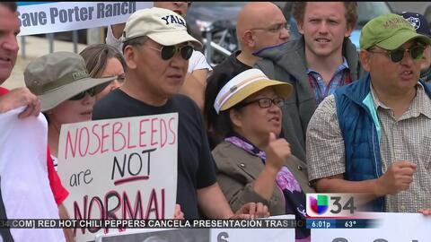 Protesta de afectados por la fuga en Porter Ranch