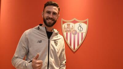 El Sevilla tiene diez días para comprar a Layún que cuenta con ofertas de equipos europeos