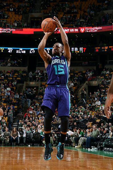 5 de Enero - Hornets (12-24) ganan 104 - 95 a Celtics (11-21). Kemba Wal...