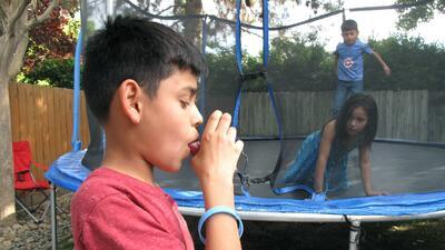 Las comunidades latinas y asiáticas tienen mayores probabilidades que cu...
