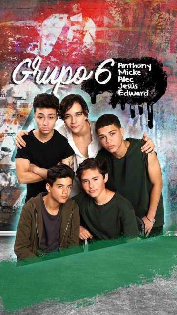 Graffiti time! La Banda has it's own art   La Banda  74-Full-grupo-6-mic...