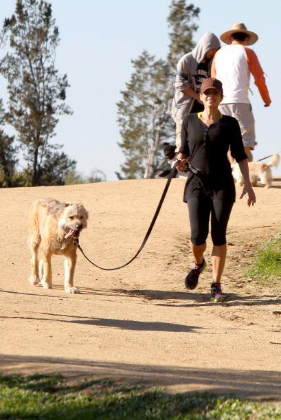 A Eva Mendes le gusta tomarlo con calma. Más videos de Chismes aquí.