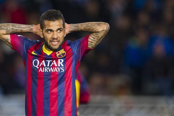 Dani Alves desea seguir siendo futbolista del Barcelona pero Milán AC qu...