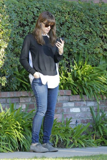 Jen hablando con Affleck.