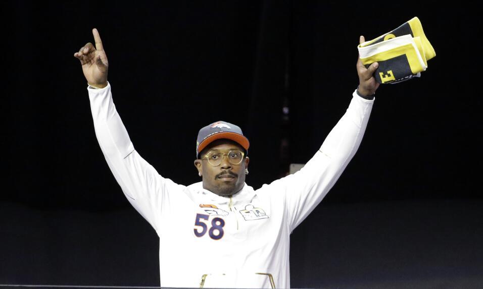 Presentación de los Denver Broncos en el Opening Night del Super Bowl 50