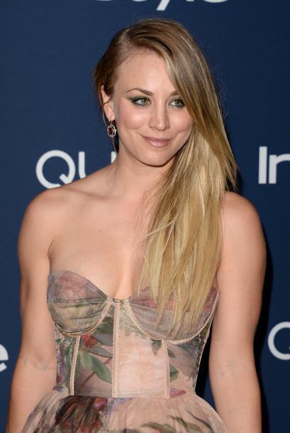"""Kaley CuocoLa actriz de la serie """"Big Bang Theory"""" ha ganado puntos por..."""